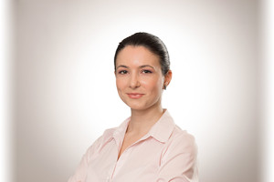 Alina Paun - Consultant Qualians